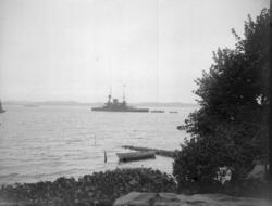 """Enligt text som medföljde bilden: """"Pansarbåten Oden tagen fr"""