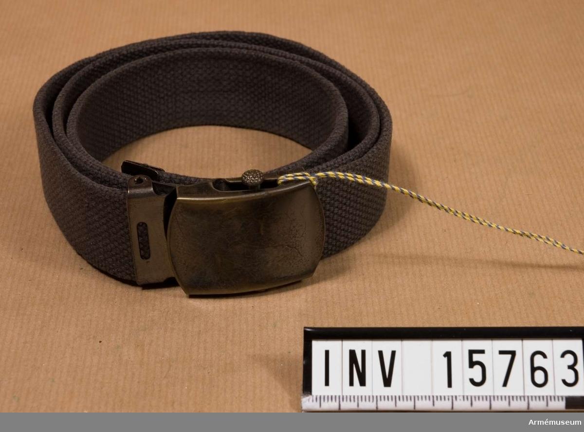 Grupp C I. Livrem m/1952, Etiopien. Ur khakiuniform använd av svensk brigadgeneral i Etiopien. Samhörande nr är 15760-15763.