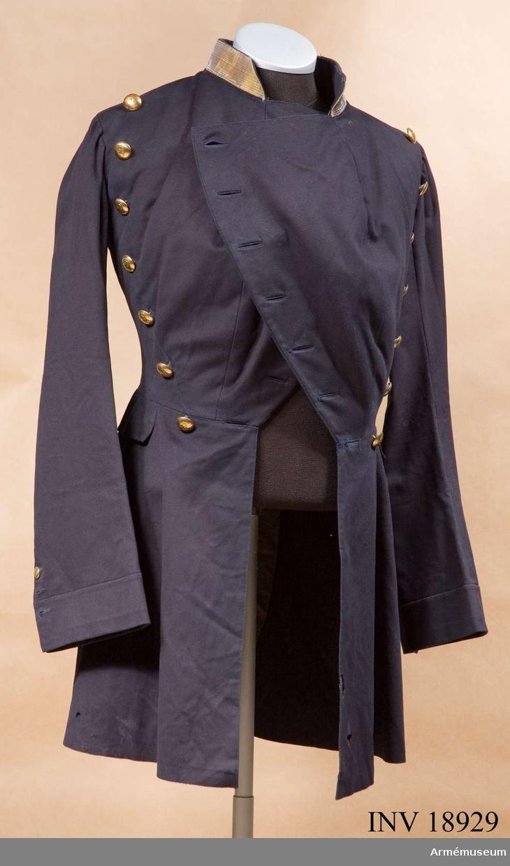 Grupp C I. Ur uniform för löjtnant vid 2:a regementet av Schweizer Infanteriet, konungariket Neapel och Sicilierna 1850-talet. Buren av greve Pierre de Gendre, född i Fribourg, Schweiz år 1835 och död i Frankrike 1893.
