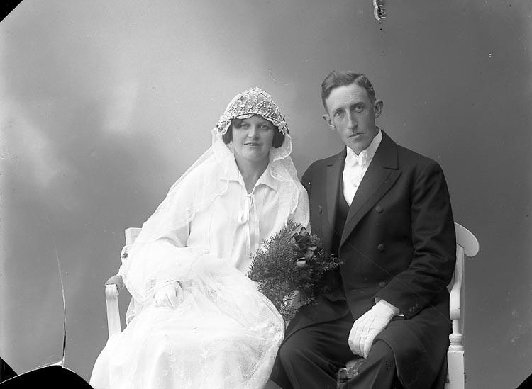 """Enligt fotografens journal nr 6 1930-1943: """"Johansson, Albert Sågen, Svenshögen""""."""