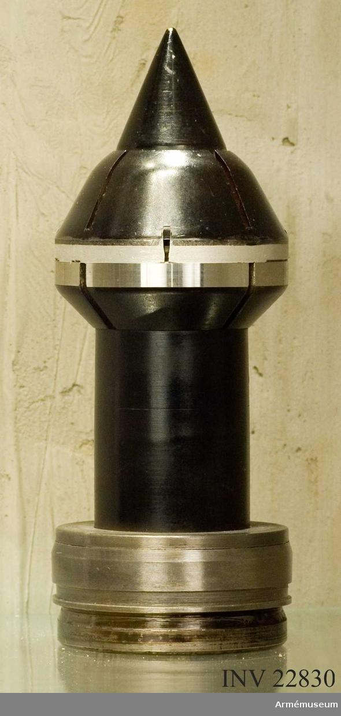 7,5 cm/50 mm spårljuspansarprojektil m/1949
