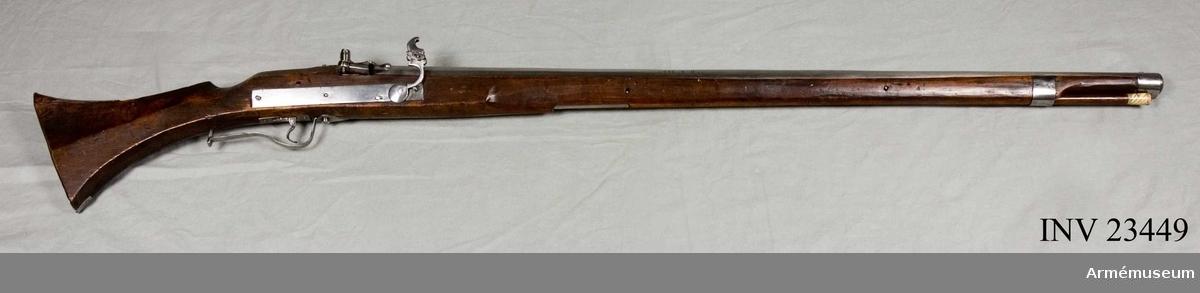 Grupp E II a. Luntlåsgevär för infanteri, 1620-30-tal. Loppets rel. längd 50 kal.