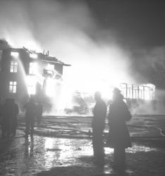 "Text till bilden: ""Branden. Grand Hotell. 1946.10.22""."