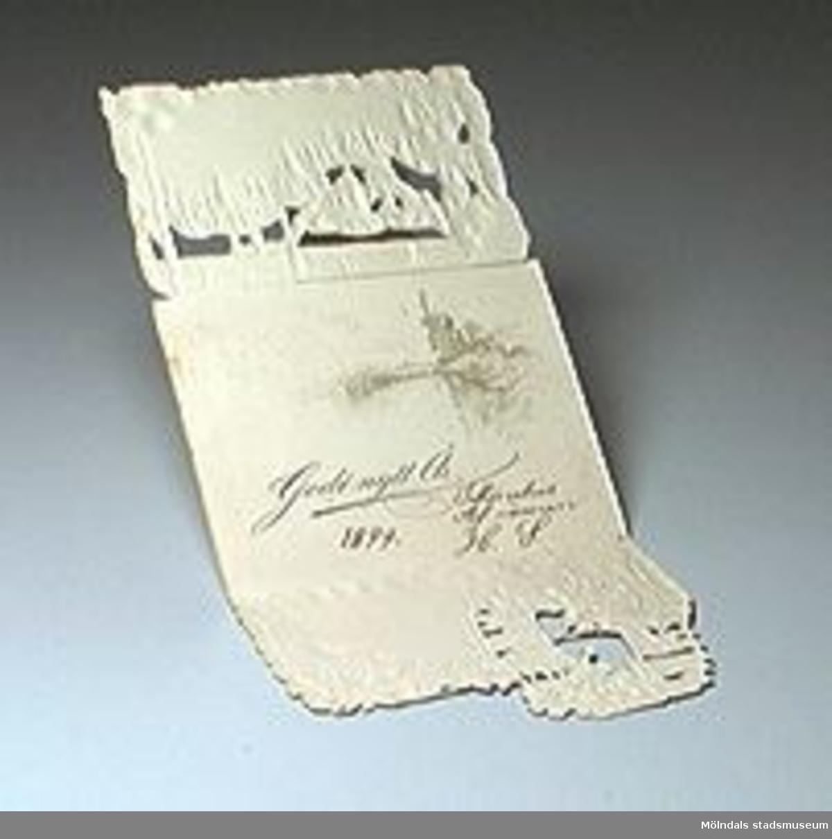 """Tredelat kort med reliftryck. Motiv: isigt kvarnhjul med blommor. Inuti står """"Godt nytt År 1899 Tillönskas af vännen HS"""".Trasigt."""
