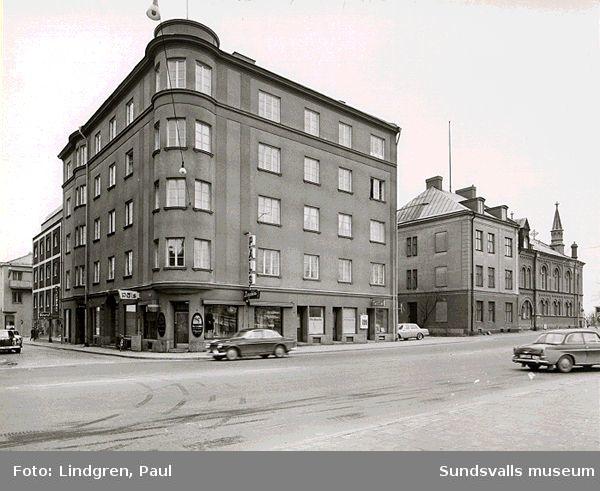 Bostadsrättsföreningen Apollo, Köpmangatan-Tullgatan.