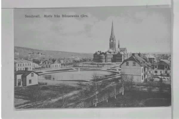 Två motiv med Bünsowska tjärnen, vykort