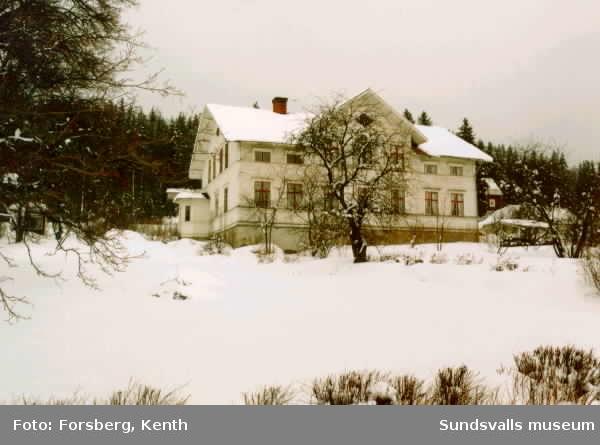 Wattstens gård i Vattjom, tingsställe inom Tuna tingslag 1887-1913, ev även tidigare under 1800-talet