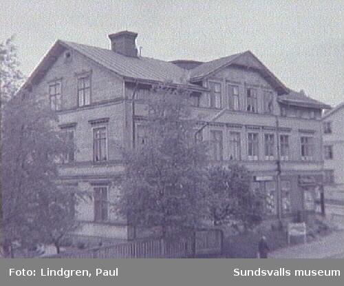 Hörnet Bergsgatan, Nybrogatan 39.
