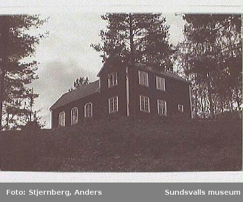 """""""Änglabacken"""", f.d. baptistkapell Mellangård."""