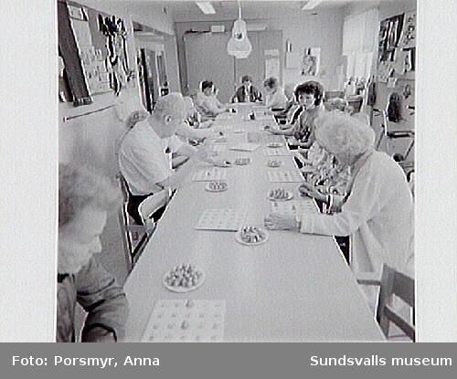 Dokumentation av pensionärshemmet Holmgården, Holmgatan 1, inför flyttning av verksamheten till servicehuset i kv Hermes.