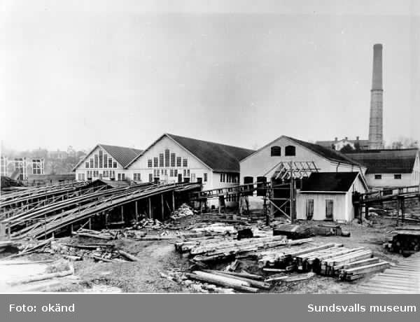Heffners östra sågverk. Sågen brann ner 1926.