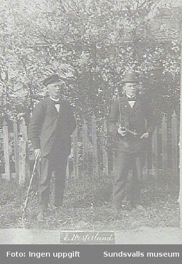 Familjen C Westerlund, Eriksdal. Fotografiet  taget under Lars Ulrik Öquists tid som ägare av Eriksdals ångsåg 1870 - 1896.