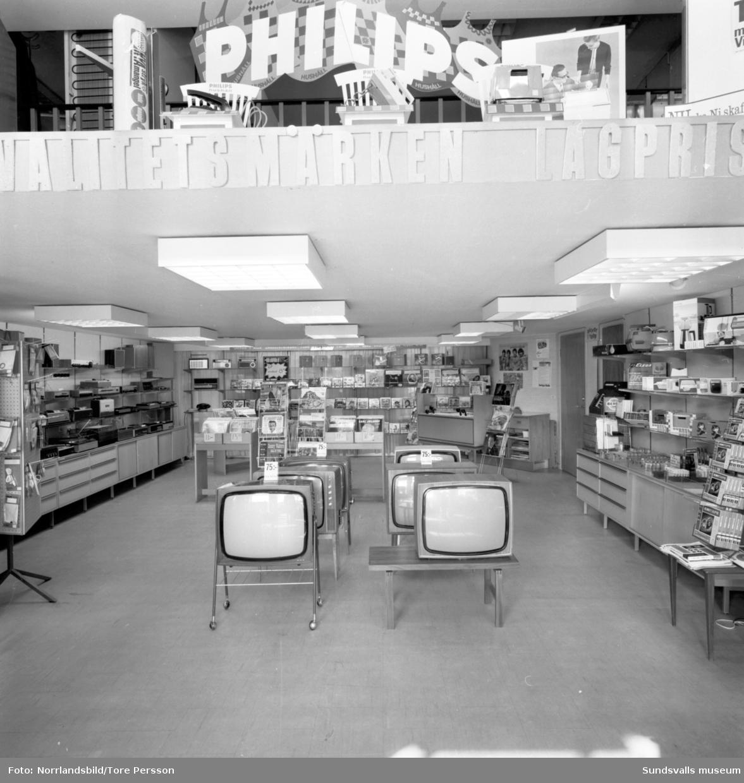 Thylins Radio och TV. Interiörbilder från butiken.