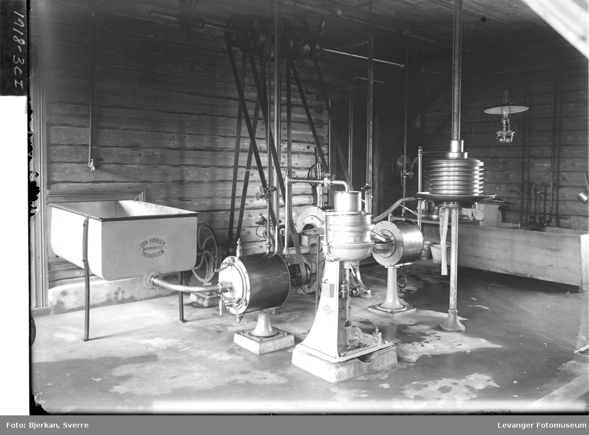 Maskinutstyr på Melkefabrikken III