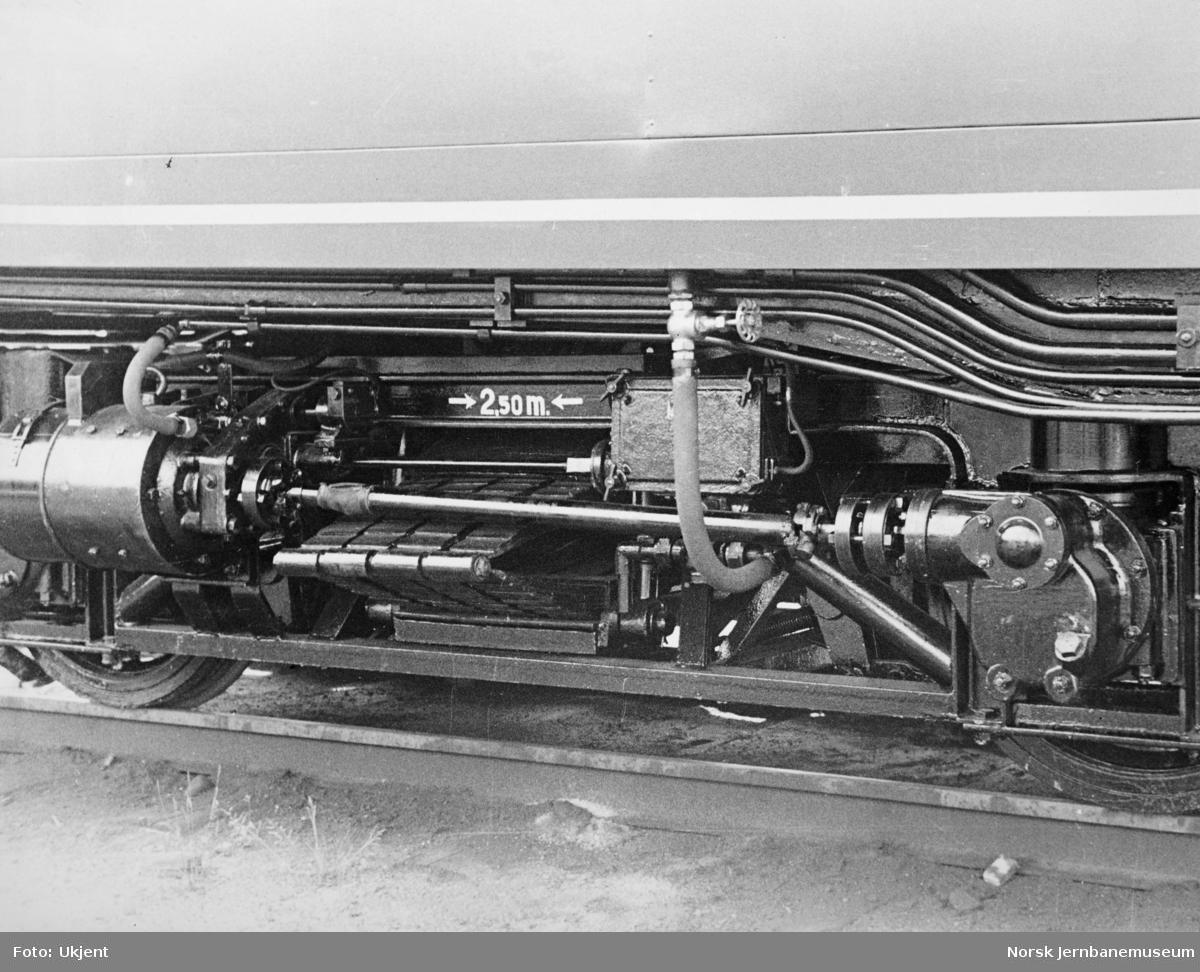 Elektrisk motorvogn litra Cmeo type 105 - ladegenerator med kardandrivanordning