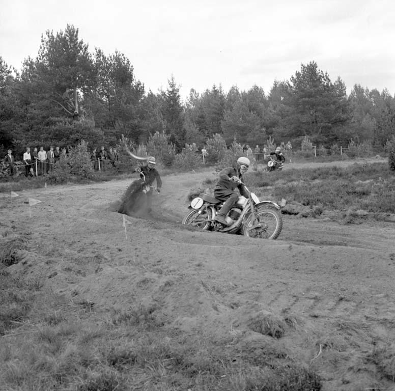 Motocross i Grunnebo sydväst om Vänersborg i maj 1960