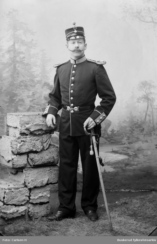 Sersjant Nilsen fra Hvalsmoen militærleir