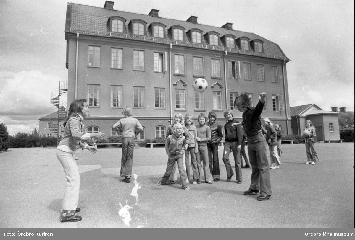 Almbyskolan, 4 juni 1974