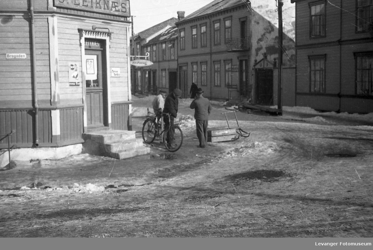 Vintermotiver. På Leiknæshjørnet.
