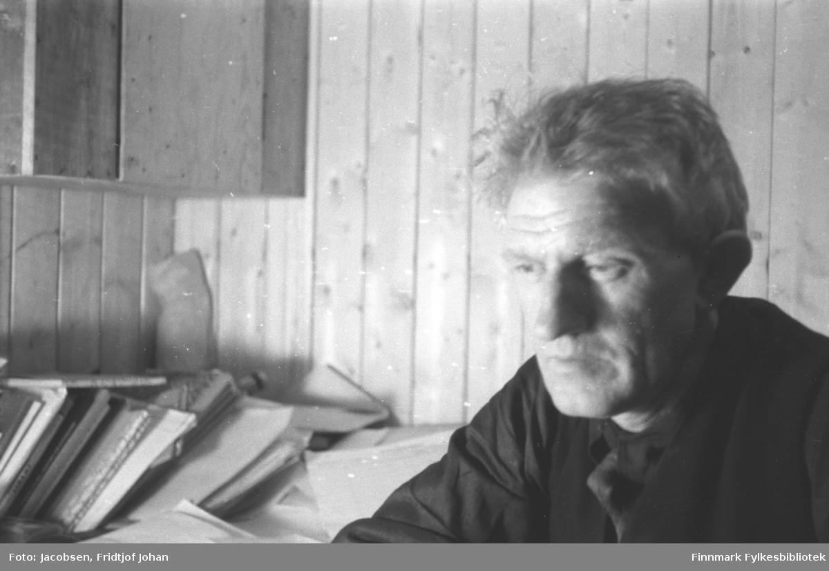 Portrett av Gustav Engedal som var ansvarlig leder for gjenreisningsprosjektet i Hammerfest.