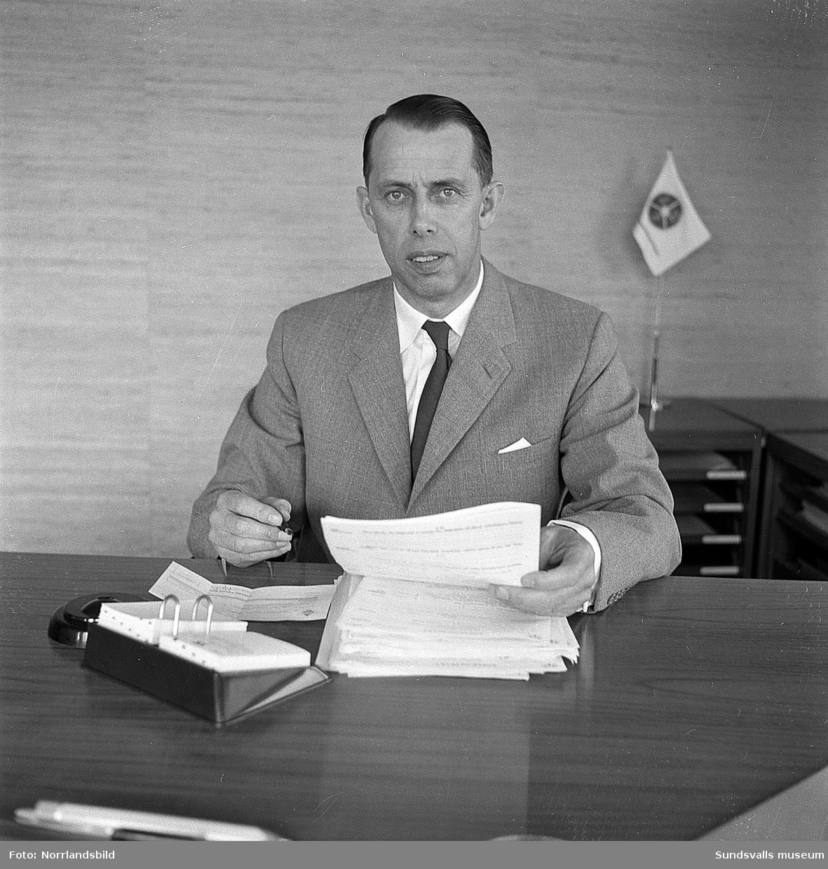 Direktör Gösta Persson vid Bilbolaget.