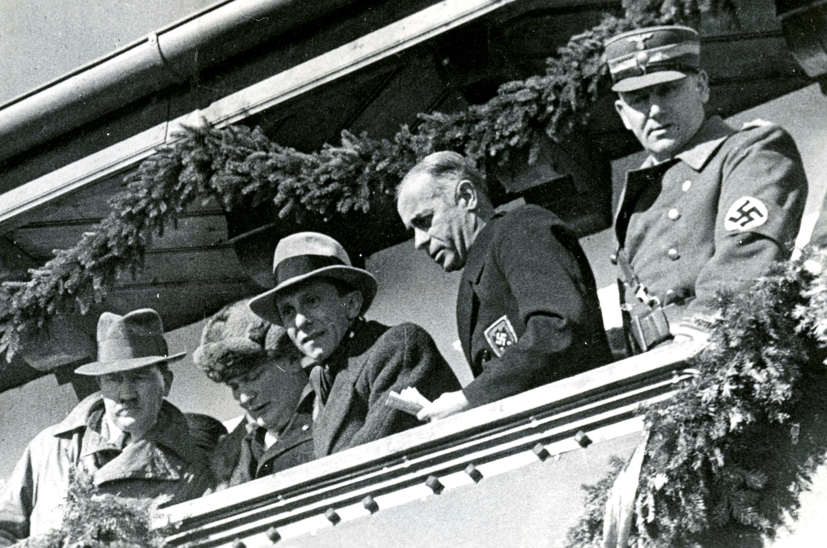 Nazi leaders on the stand during OG 1936