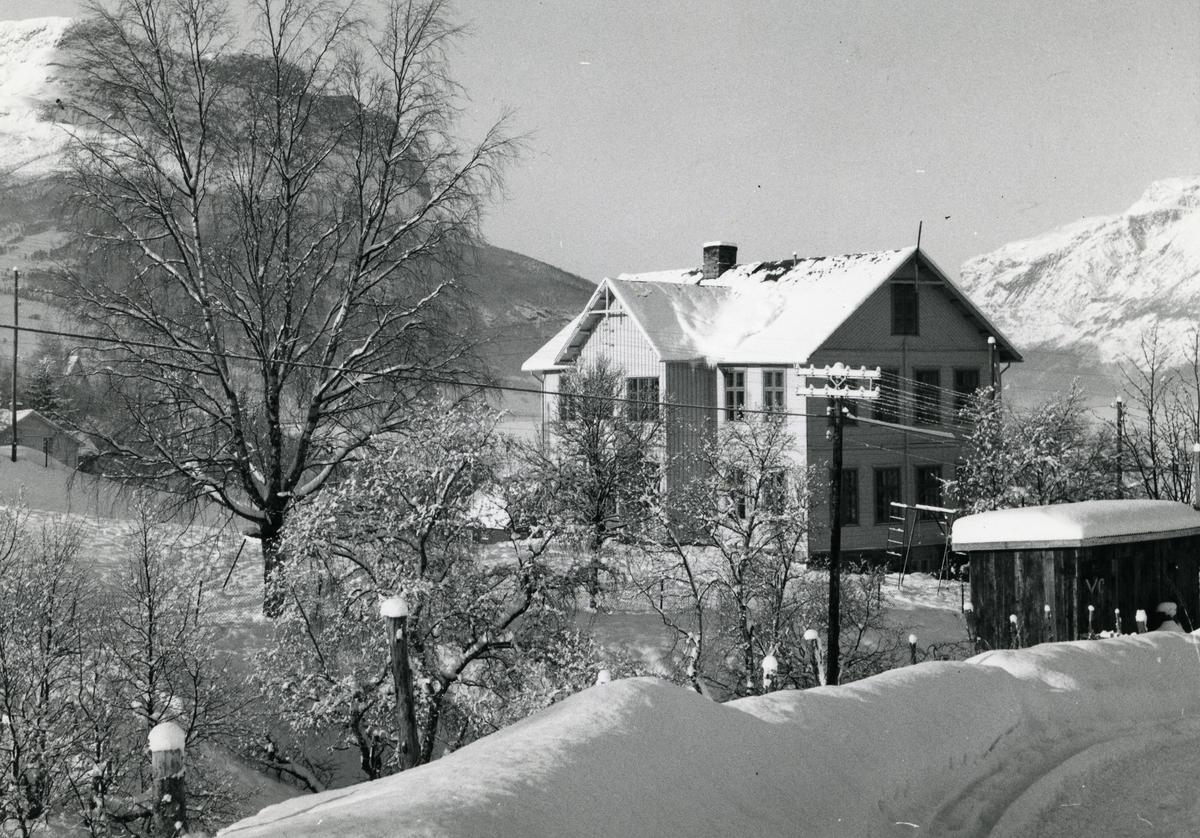 Fredheim skule  i Vang kommune i Valdres.