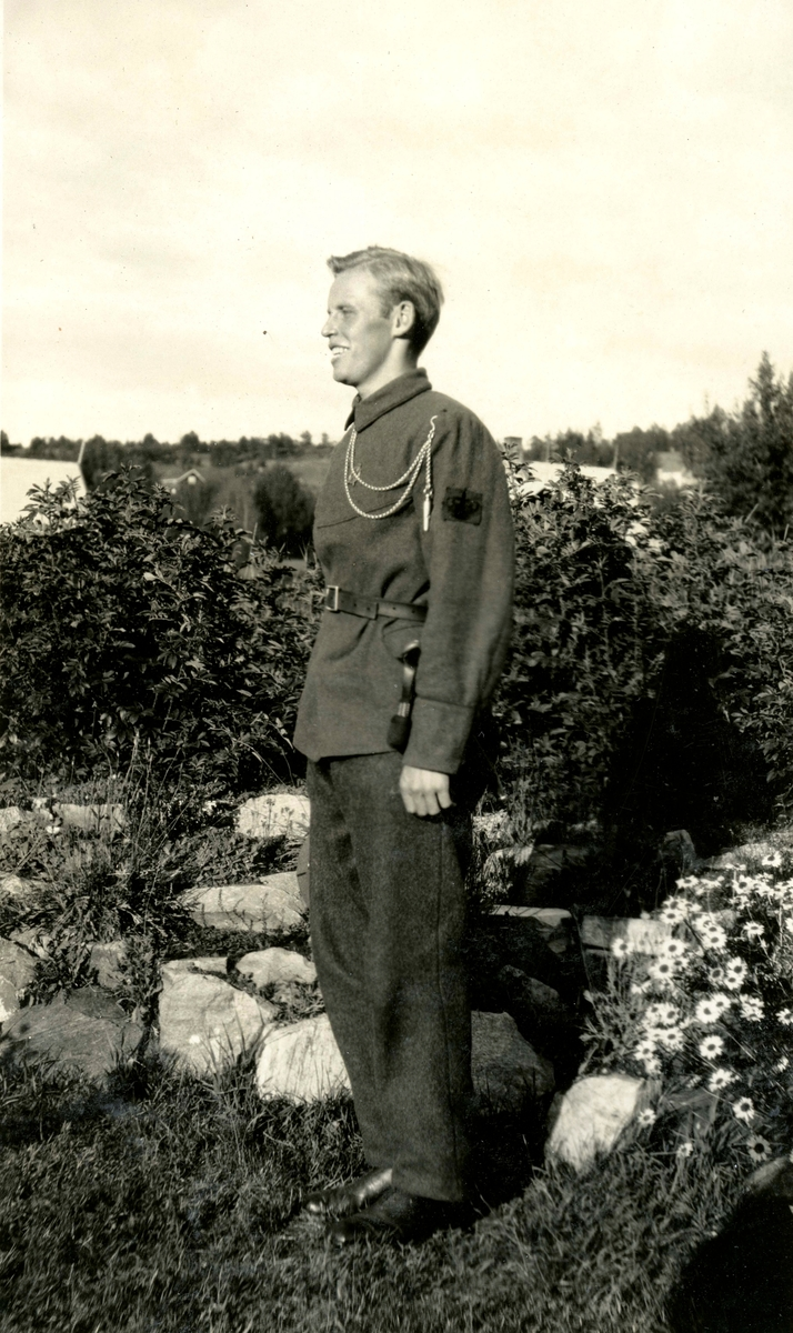Øivind Alstad, friend of Birger, in uniform