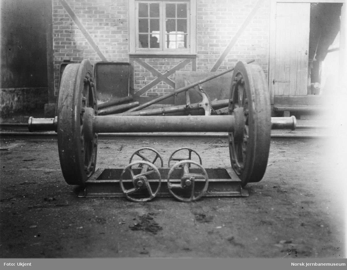 Verkstedtralle for flytting av hjulganger