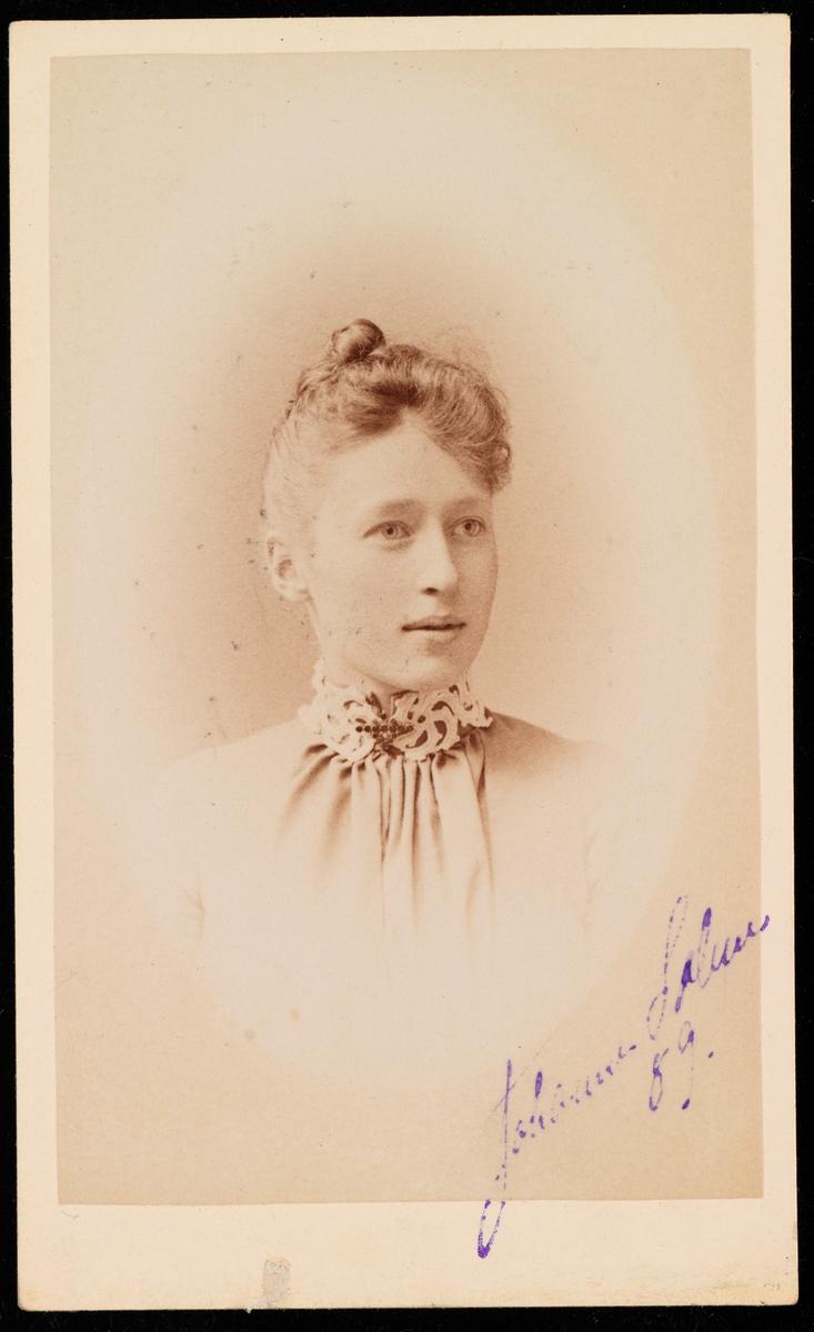 Portrett av Johanne Marie Solem.