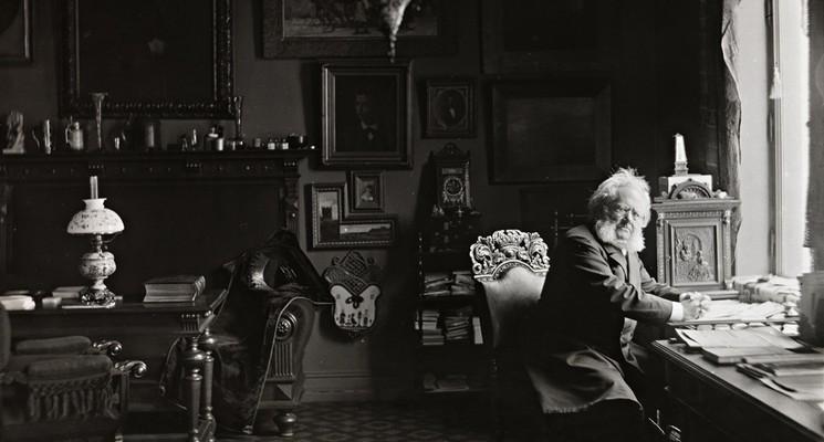 Henrik Ibsen i arbeidsværelset