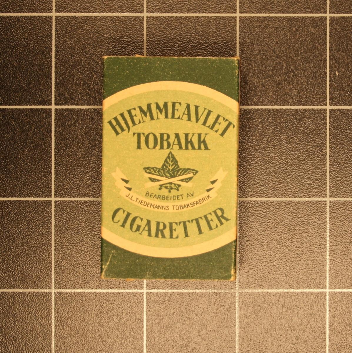 Form: Små rektangulære pappesker med Sigaretter to stk.