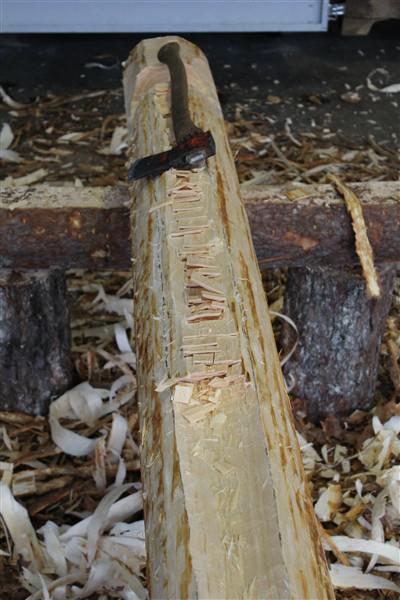 Høvling av stokk (Foto/Photo)