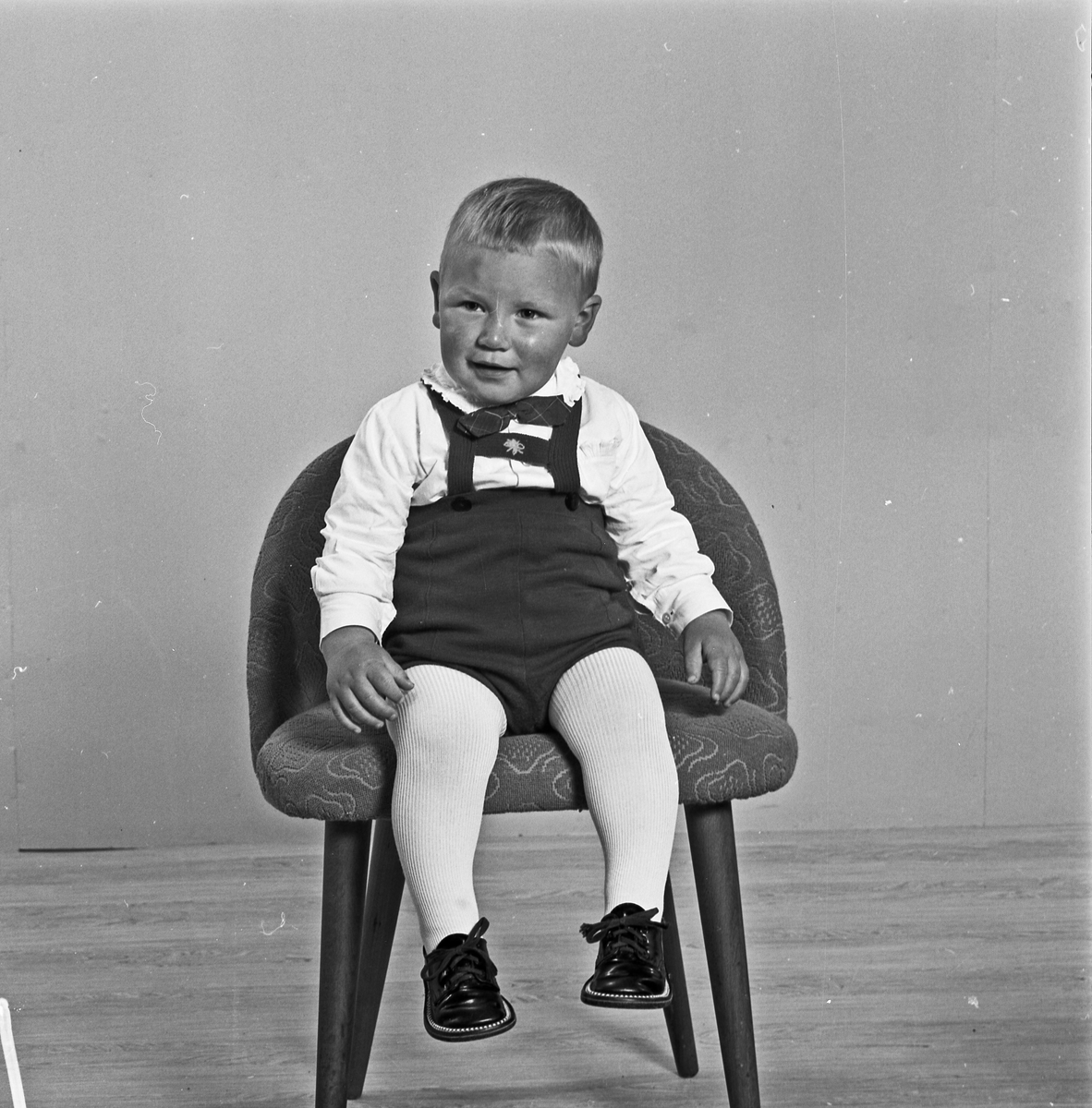 Portrett liten gutt  - bestiller Magne Vågen