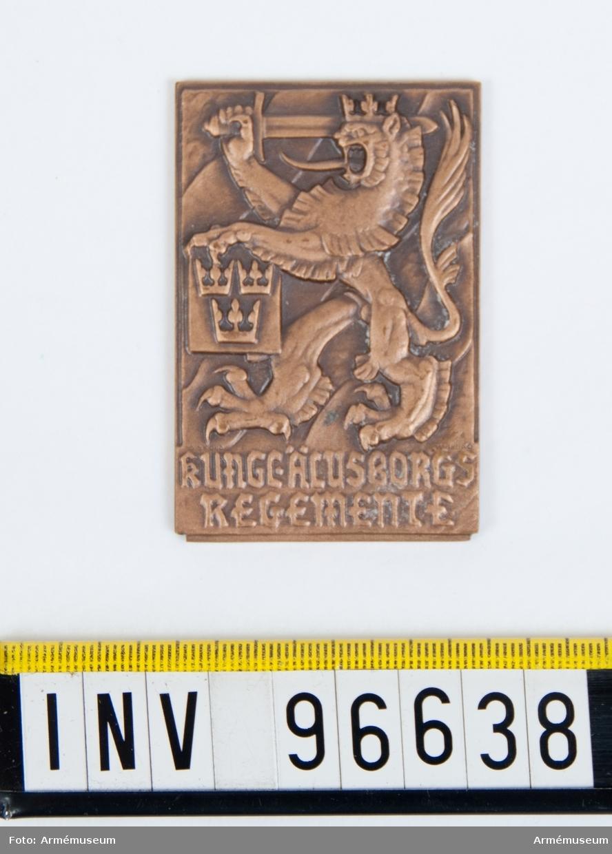 Plakett i brons för Älvsborgs regemente. Stans nr 46172.