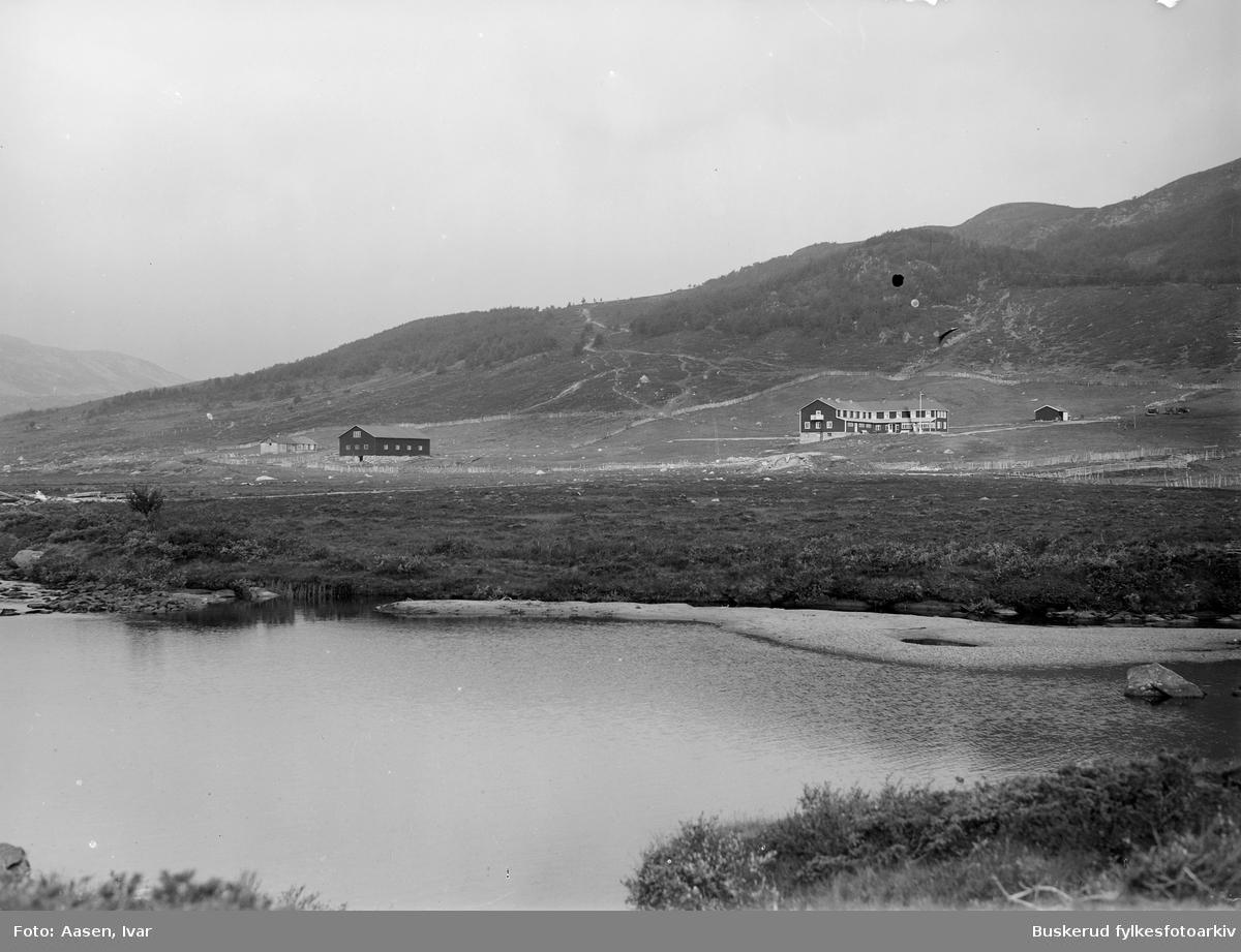 Solheimstulen på  Hardangervidda ved elven Jønndalsåe seterlandskap Fotografert til postkort Oversiktbilde over landskapet