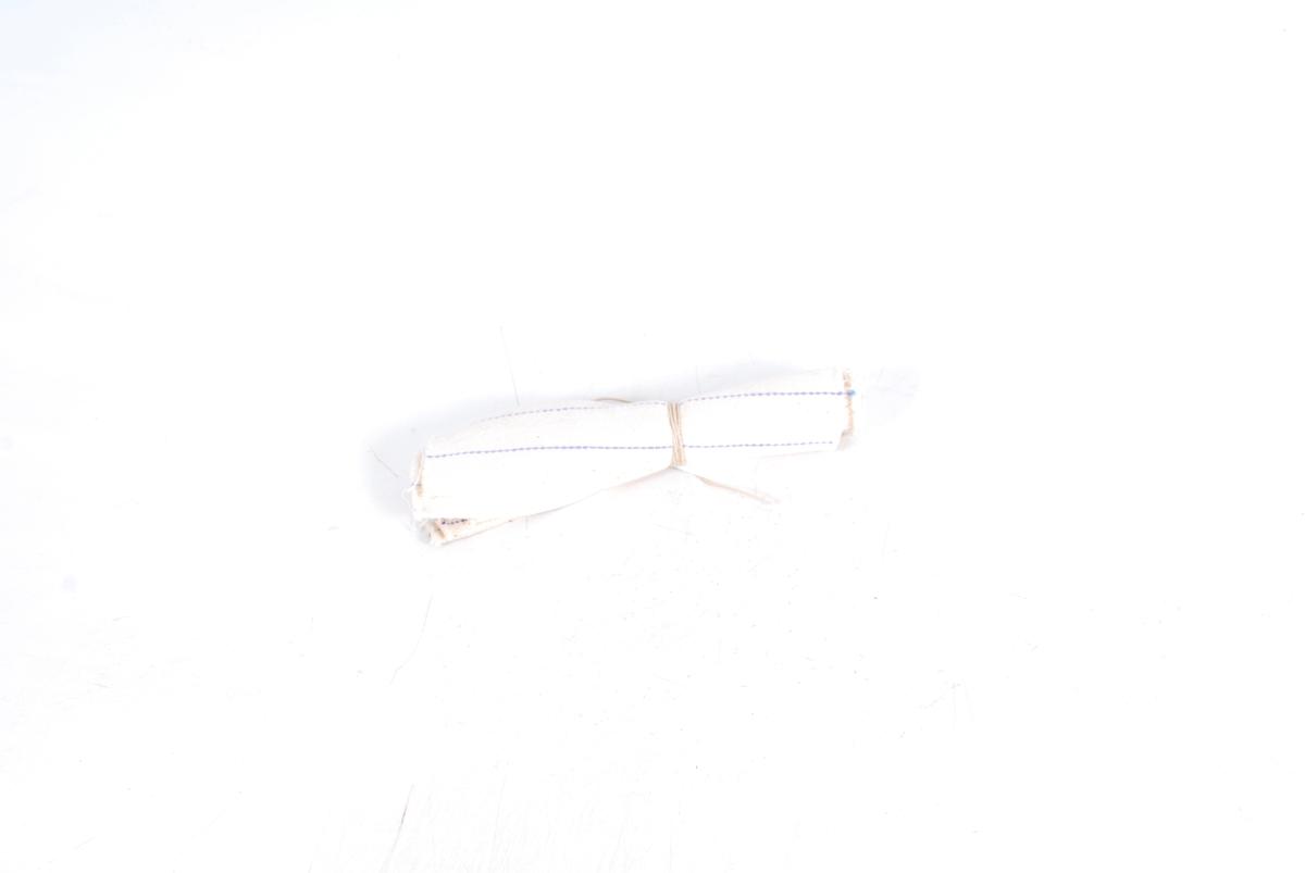 Form: 6 smale og 4 brede