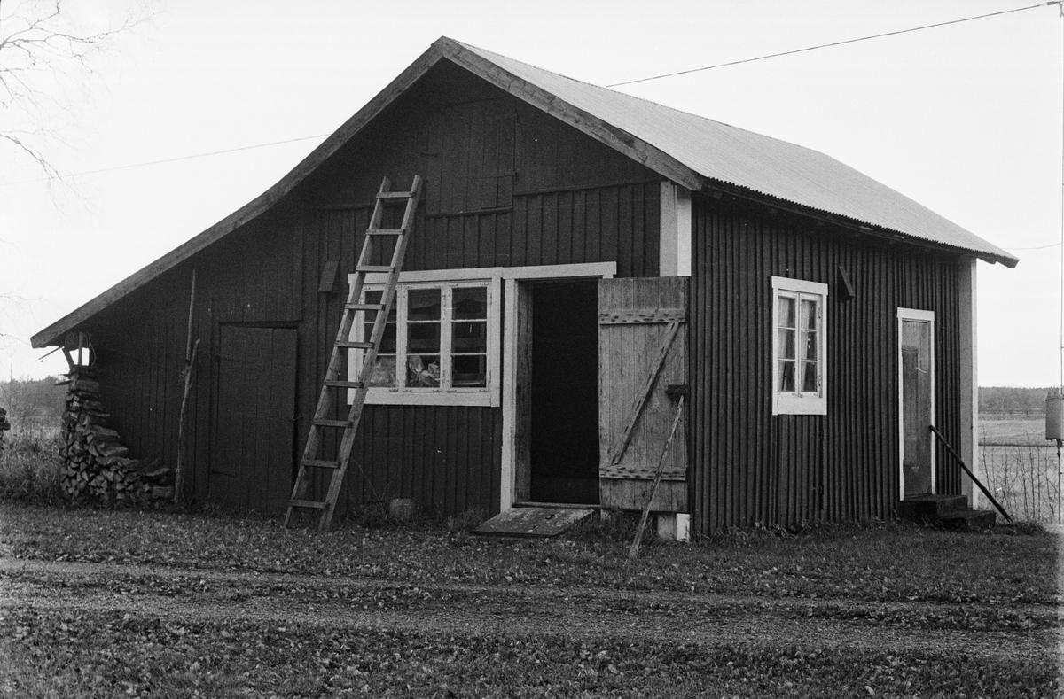 Vedbod, Gödåker 1:2 och 1:3, Lilla Gödåker, Tensta socken, Uppland 1978