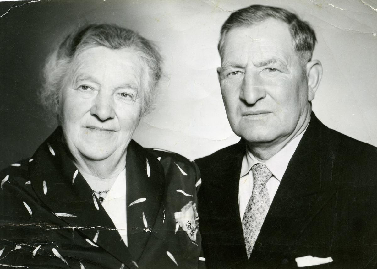 Portrett av Anne  og Ole Huset fra Hedalen.