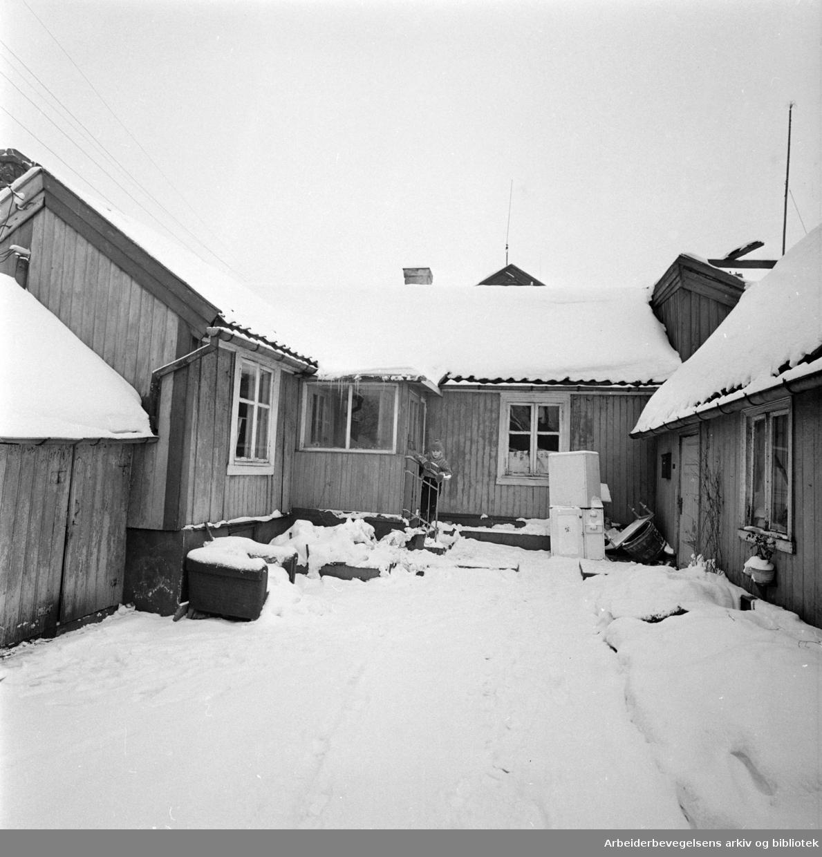 Gårdsrom Enerhaugen .Desember 1959
