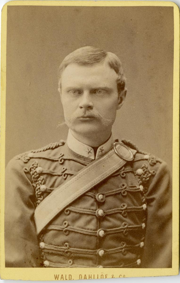 Porträtt av Adolf Påhlman, underlöjtnant vid Vendes artilleriregemente A 3.