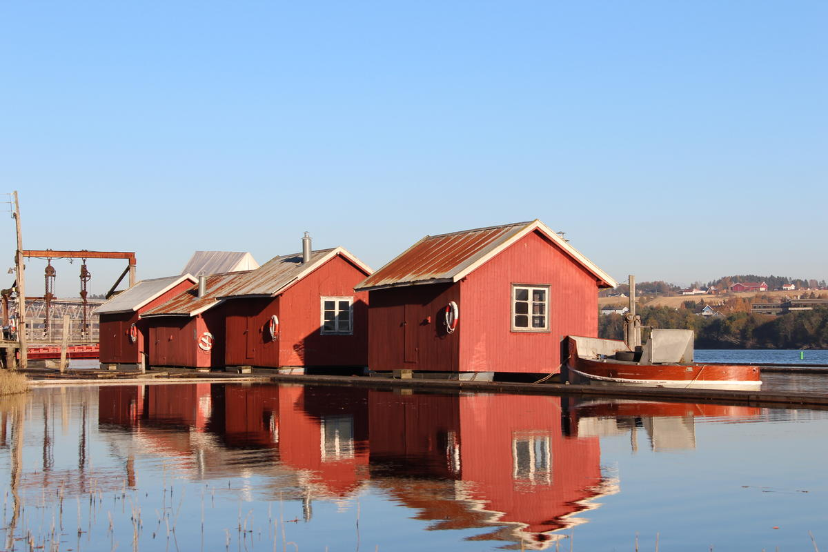 The old floating resting sheds are now exhibitions for the log driving museum.