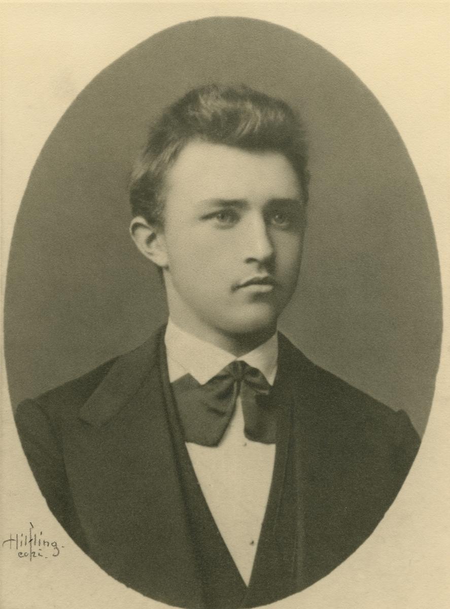 Ingvald Undset, portrett