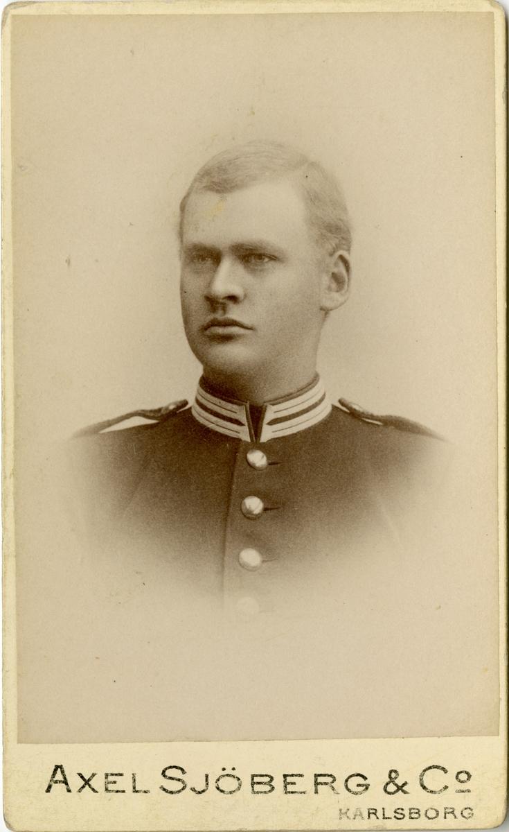 Porträtt av Carl August Pontus Axelsson Sjögreen, kapten vid Första livgrenadjärregementet I 4.
