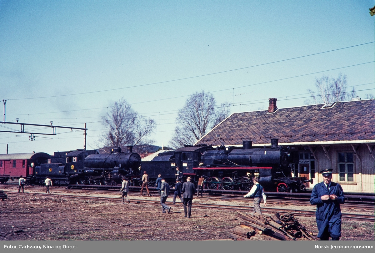 Damplokomotiv type 26c nr. 411 og SJ litra B nr. 1314 med ekstratog for Svenska Järnvägsklubben på Kongsvingerbanen
