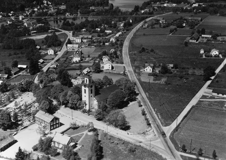 Ingelstad är en tätort i Växjö kommun i Kronobergs län och kyrkby i Östra Torsås socken.Östra Torsås kyrka uppfördes 1847-49 på en ny kyrkplats, strax sydväst om den gamla kyrkan. Kyrkan invigdes den 29 september 1852 av biskop Christopher Isac Heurlin.
