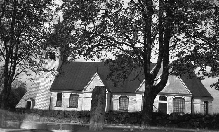 Foto på en kyrka.