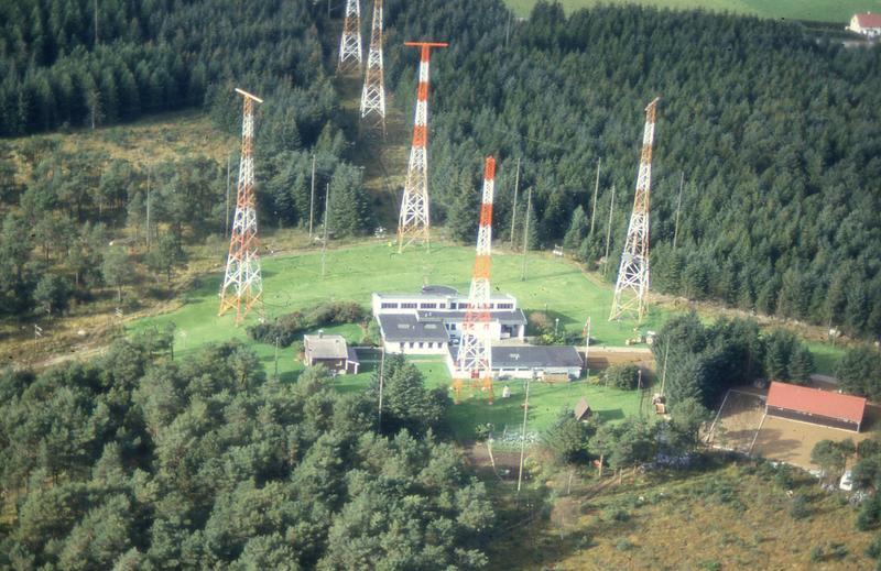 Radio- og kringkastingsstasjoner. Vigreskogen, Hå, Rogaland radio kystradio