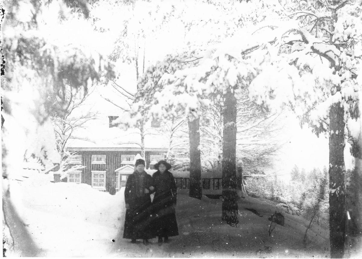 Anna Lindberg med dottern Ester.