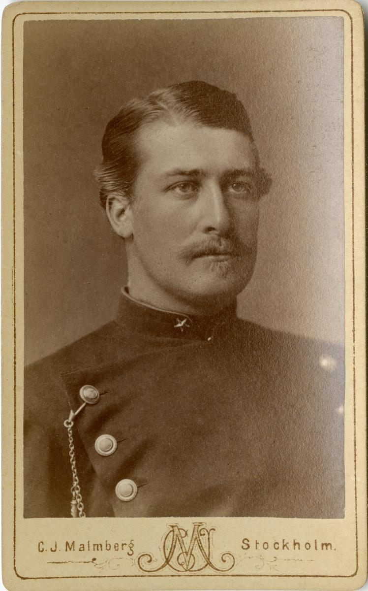 Porträtt av Sven Axel Bjuggren, underlöjtnant vid Dalregementet I 13.